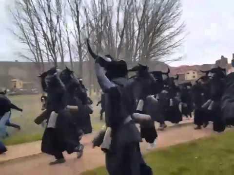 DIABLOS LUZON 2016- PROCESIÓN A LA PLAZA