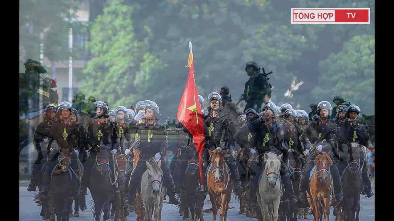 Người dân háo hức xem dàn kỵ binh diễu hành trước tòa nhà Quốc hội và Lăng Bác | TỔNG HỢP TV