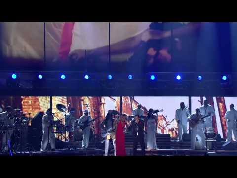 Ludacris Earth Wind and Fire Mary J.Blige-Runaway Love (Grammys 2007) HD