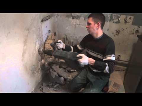 видео: Демонтаж перегородки