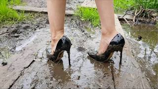 Video black louboutin high heels in mud, high heels destruction, muddy louboutin, wet louboutin (scene 32) download MP3, 3GP, MP4, WEBM, AVI, FLV Juli 2018