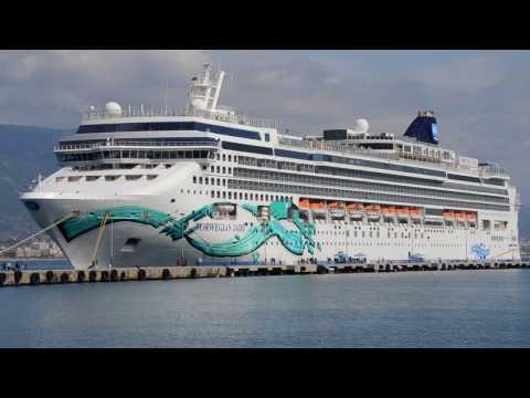 Die Crew der Norwegian Jade freut sich auf die Kreuzfahrten