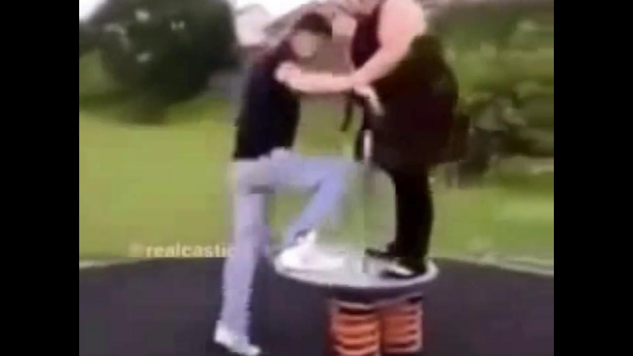 Голые русские приколы когда у парня встал видео стриптиз белладонна