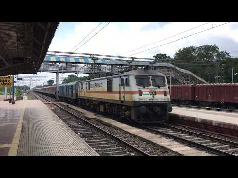 Arrival of the ECoR king 22823 Bhubaneswar Rajdhani at Balasore on a lovely afternoon.