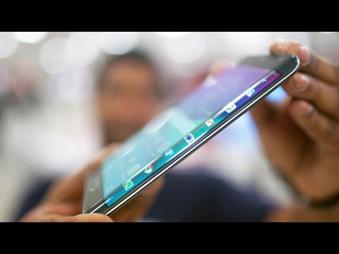 """Galaxy Note Edge Review - More than """"Just a Gimmick""""?"""