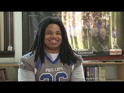 Chris Elmore, Phillips Academy High School Football - Xfinity Prep Profile