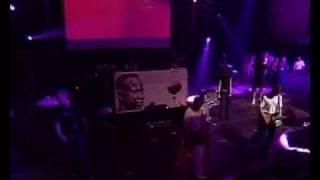 Death In Vegas - Hands Around My Throat - live Benicassim 2003