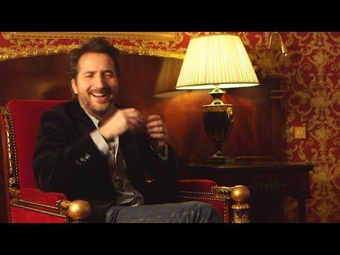 """Édouard Baer, metteur en scène loufoque et décalé dans son film """"Ouvert la nuit"""""""