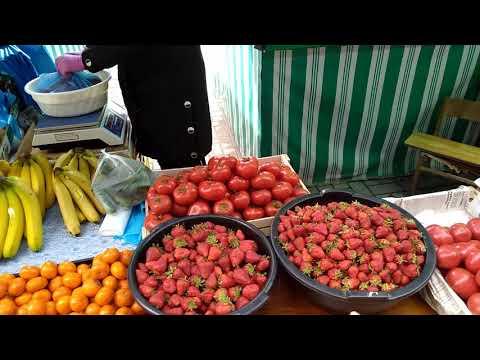 Ташкент 6 апреля 2020 г. Фархадский базар Клубника 3,5$-5$