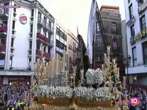 Virgen de la soledad de san lorenzo en campana sevilla 2010