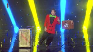 Magic comedy act - cabaret show on tv - magie 49