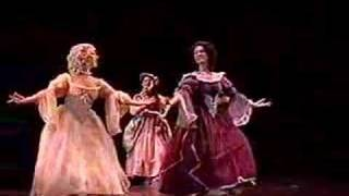 Baroque Dance: Gavotte from Atys