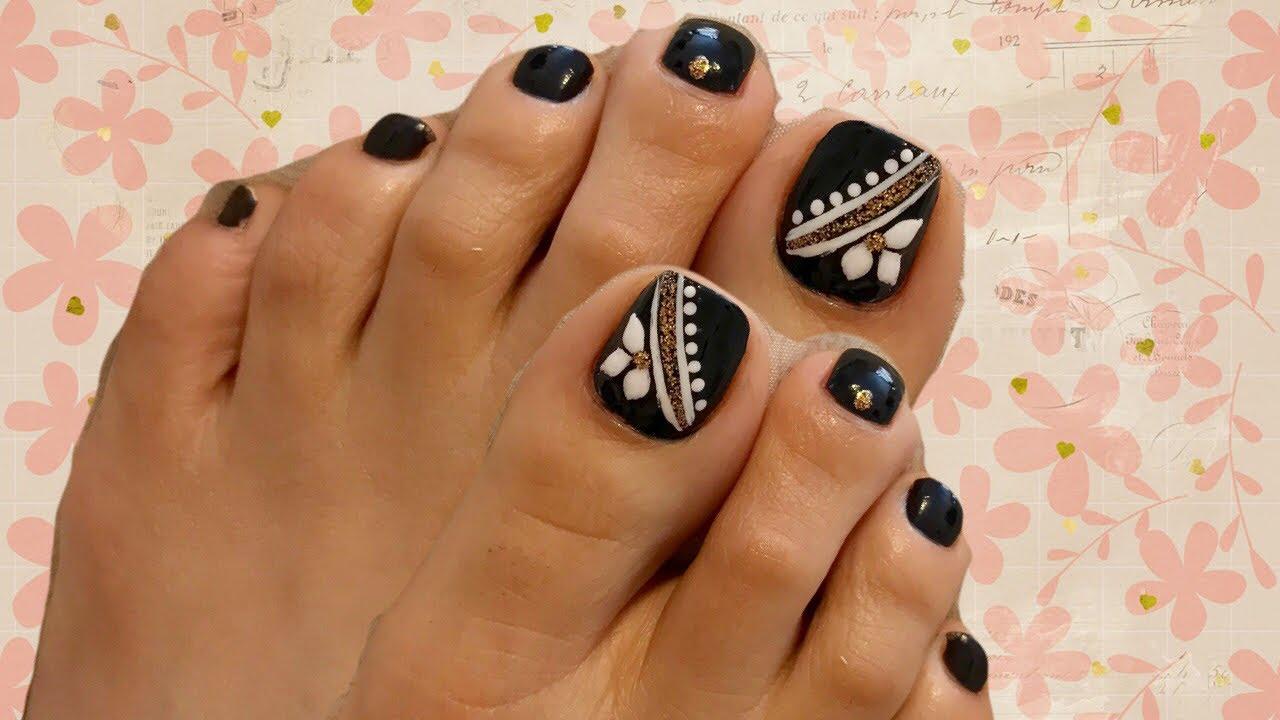 Diseño elegante para las uñas de pies en negro - YouTube