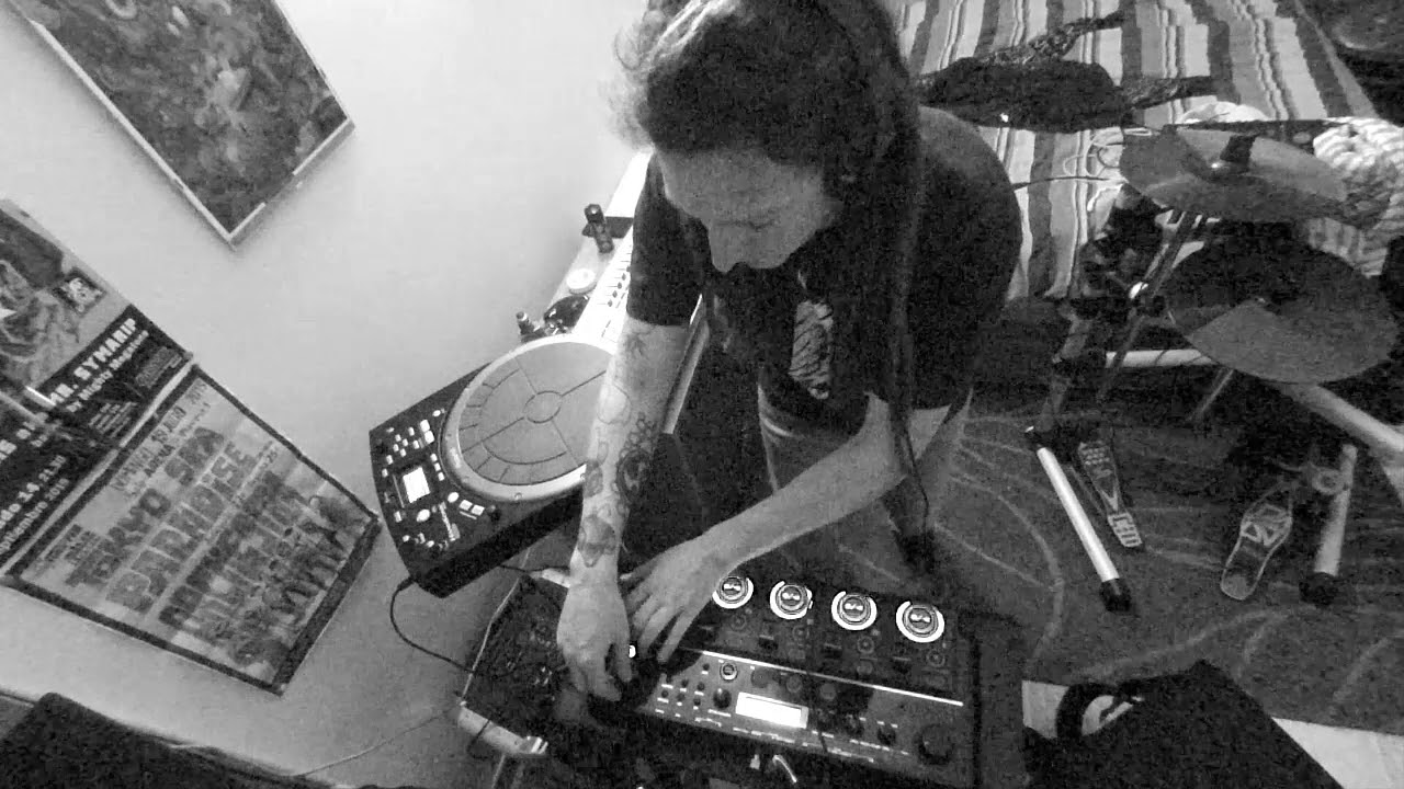 Astronomia -Coffin meme dnb session HPD20- LOOPSTATION ...