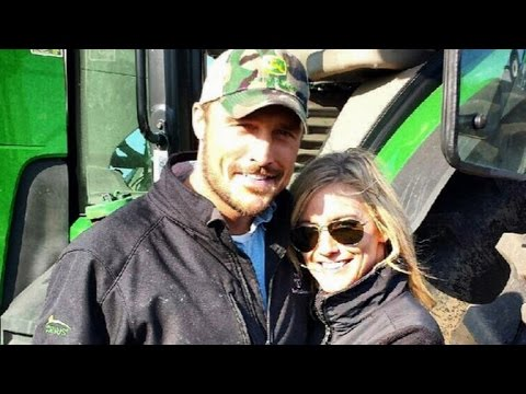 'Bachelor's' Whitney Bischoff Finally Joins Chris Soules on His Iowa Farm