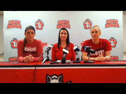 USD Women Prep For WNIT Final