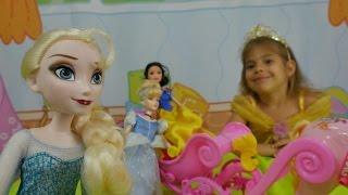 Türkçe izle - oyuncaklarla çocuk oyunları/videoları.çizgi filmi prensesleri, balo, cadı.Kız oyunları