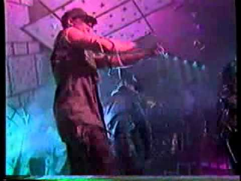 Depeche Mode - Enjoy The Silence (Live in Berlin) von YouTube · Dauer:  7 Minuten 31 Sekunden