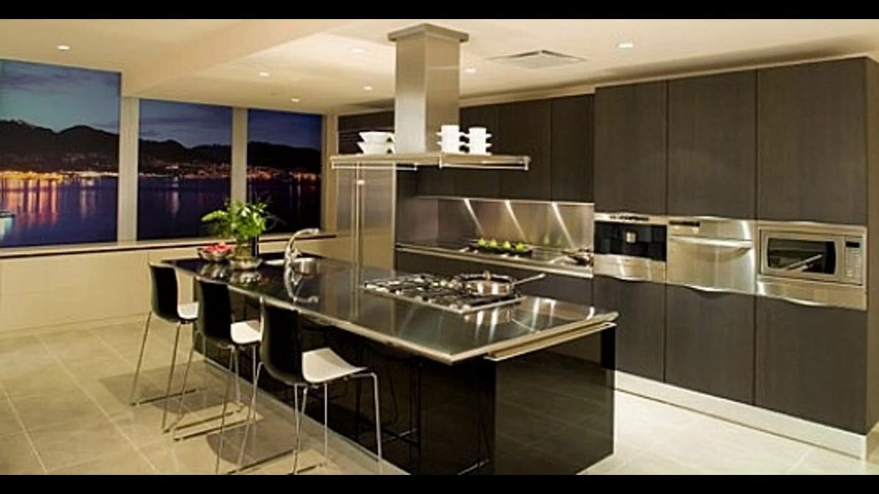 Decoracion de cocinas beige y chocolate youtube for Diseno de cocinas grandes y modernas