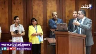 شاهد.. العناني: بيع المستنسخات بالمتحف المصري جلبت 90 ألف جنيه في 6 أيام