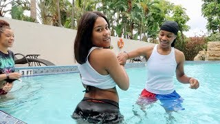 TAE GAVE TW3RK LESSONS IN THE POOL!!!