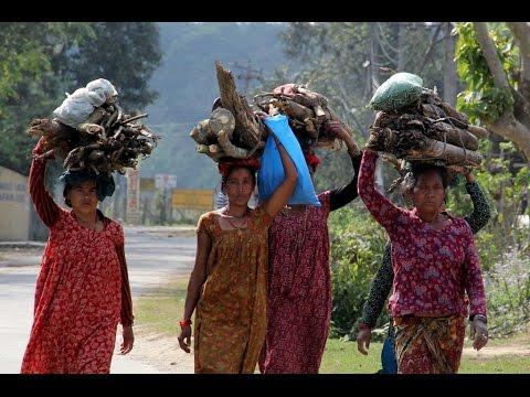 NEPAL -  SOURAHA VILLAGE (CHITWAN NATIONAL PARK)