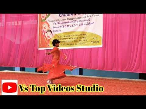 chamma-chamma-song-dance-performance-on-children-day