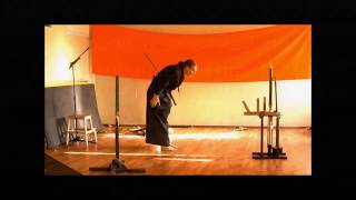 Экзамен тамесигири в ката коричневый пояс