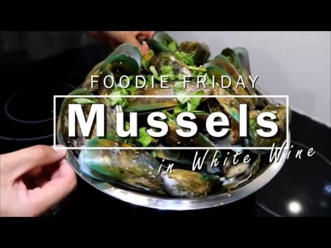 DINNER RECIPE: EASY & TASTY Mussels in White Wine Recipe ♥ Inspired by Europe ♥ Foodie Friday ♥