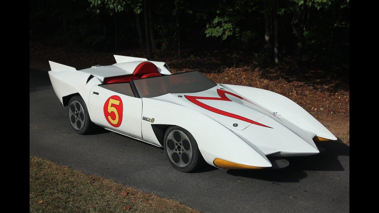 Cartoon junkie builds mach 5 from speed racer