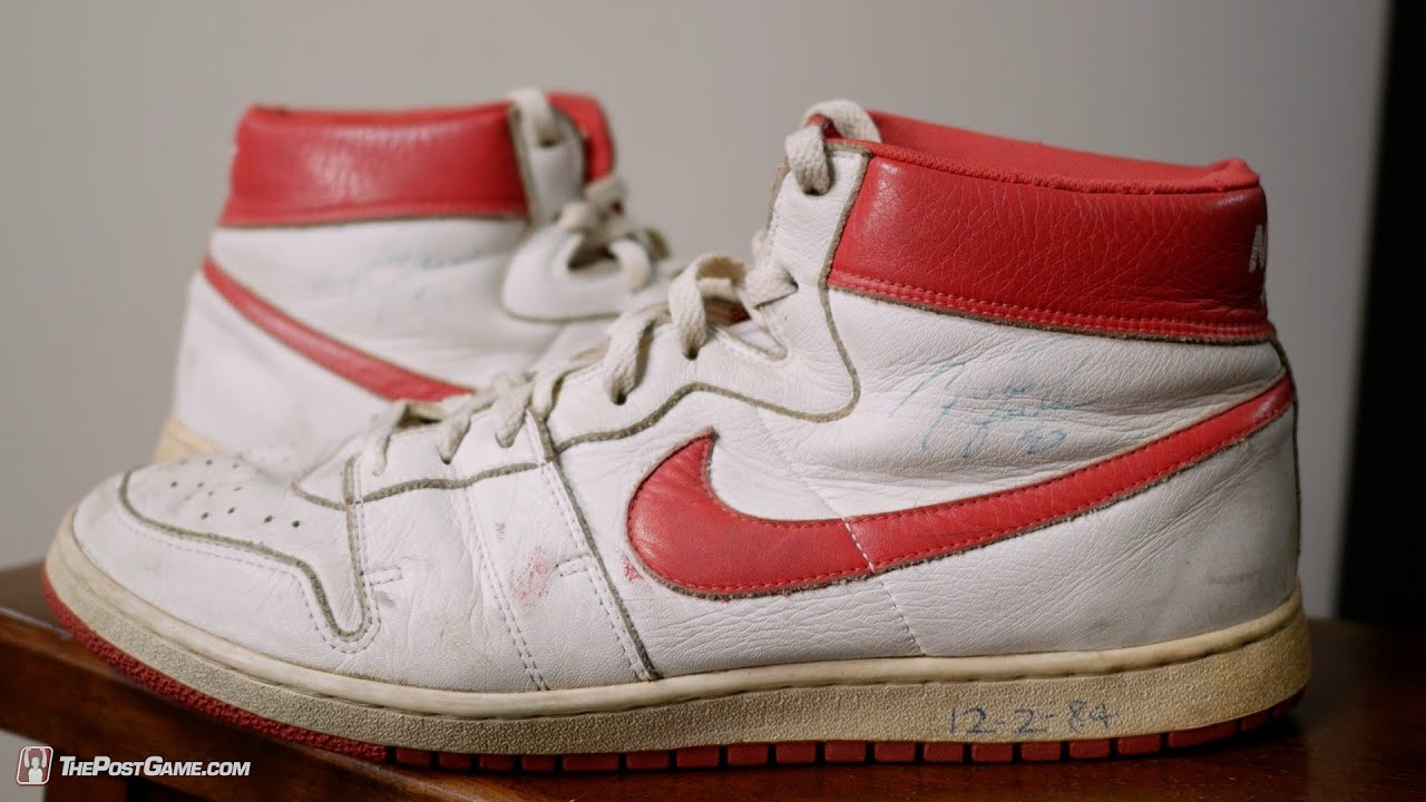 Before the Air Jordan 1: The Ball Boy with Michael Jordan's Signed Nike Air  Ship - YouTube