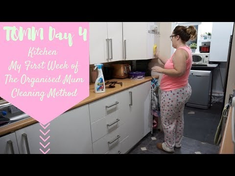 TOMM Day 4 - Kitchen - My First Week of The Organised Mum Cleaning Method