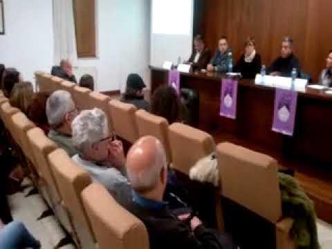 Mesa redonda sobre acoso escolar en Ribadeo