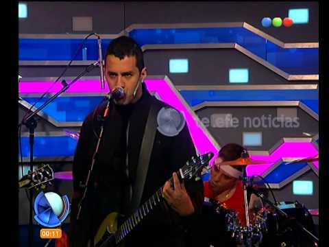 Jauría canta en Diario de medianoche -Telefe Noticias