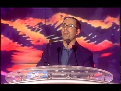 Tom Jones wins British Male Award presented by Ben Elton | BRIT Awards 2000