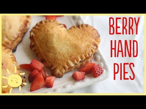 EAT | Strawberry Hand Pies (for Valentine's Day)