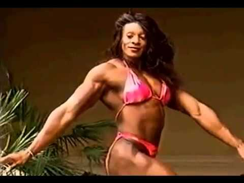 Beautiful Female Bodybuilder Lesa Lewis Flexing Muscles 2012