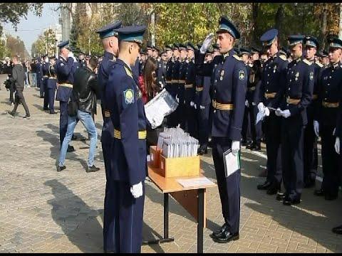Торжественный выпуск курсантов-летчиков