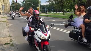 ino.online tv | Panny młode na motocyklach