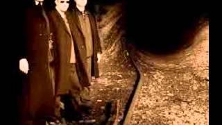 32 Crash-Dust And Drought (THE PENELOPES Remix)