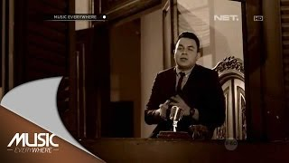Video Tulus - Teman Hidup - Music Everywhere download MP3, 3GP, MP4, WEBM, AVI, FLV Oktober 2018