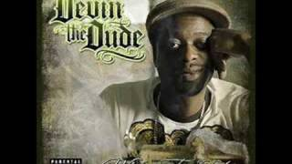 Watch Devin The Dude She Useta Be video