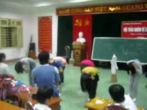 DH Y THAI BINH - BVDK TINH HA NAM hat mua TAT NUOC DEM TRANG.flv