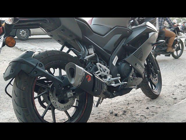 Yamaha R15 V3 with DABAL exhaust has a throaty growl [Video]