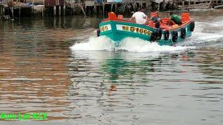 Chạy thử chiếc tàu biển mới thay chân vịt.Tốc độ 12 lý trên h.