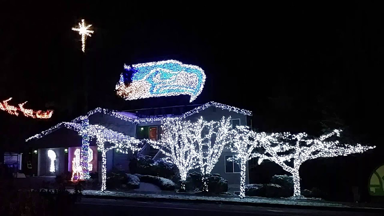 Seahawks christmas lights 2014 - YouTube