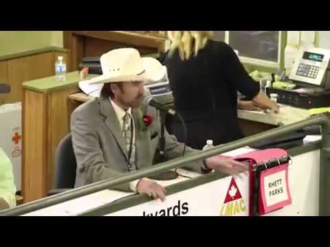Cattle Auctioneer lays down the beat