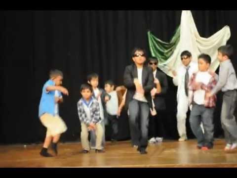 Hitchin Gangnam Style 2012