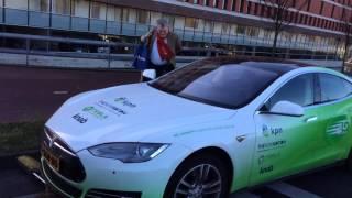 Tesla weggesleept na ernstige storing