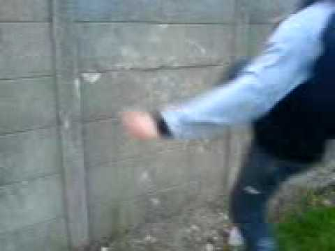 Cunt kicking street fight really